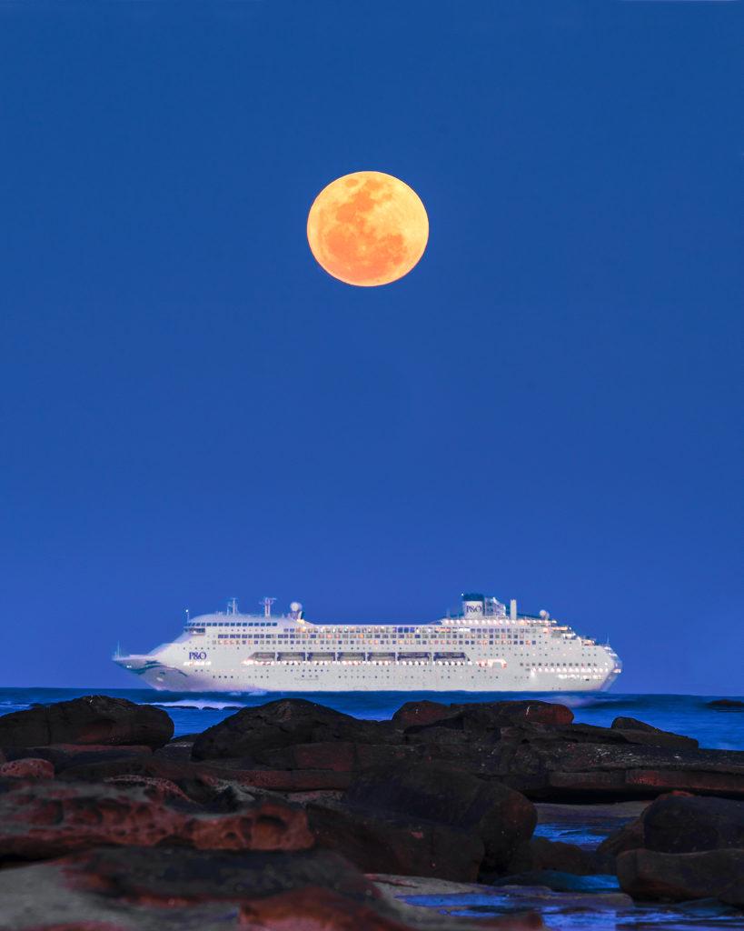 Moonrise Sunshine Coast